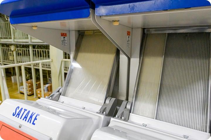 精米全工程の管理・監視を徹底する検査機器